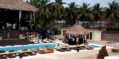 Kamp Ikare offers modern beach resort facilities for visitors