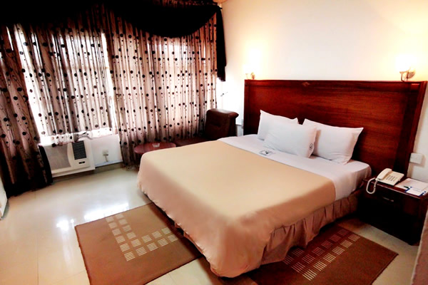 Lagos Airport Hotel, Ikeja room